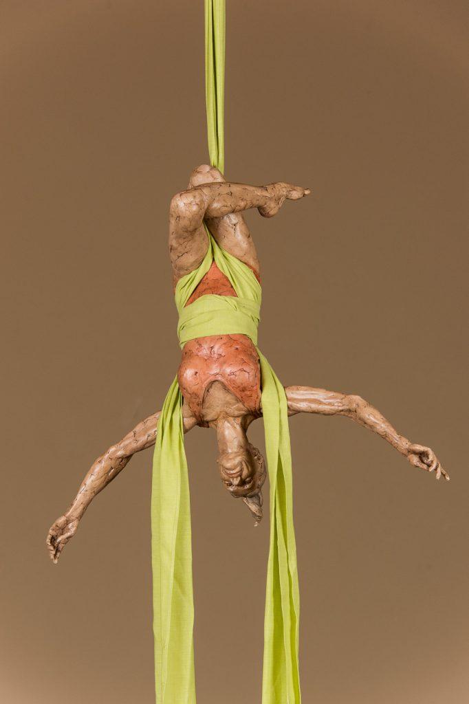 Aerial sculpture Aerialista